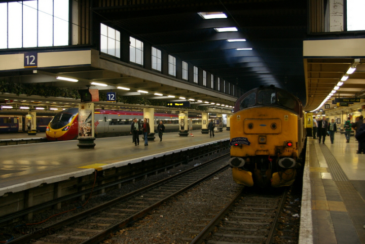 37410 at Euston