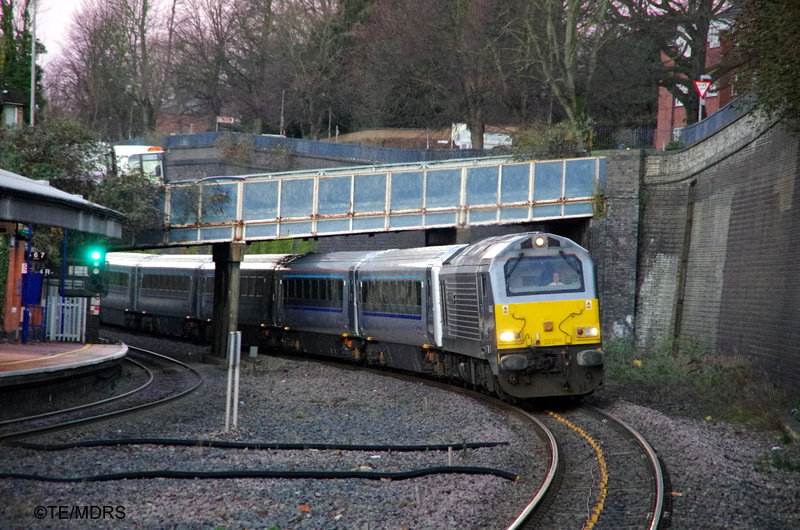 67013 arriving at High Wycombe with a Chiltern Mainline train on commuter duty (photo by Tim Edmonds)