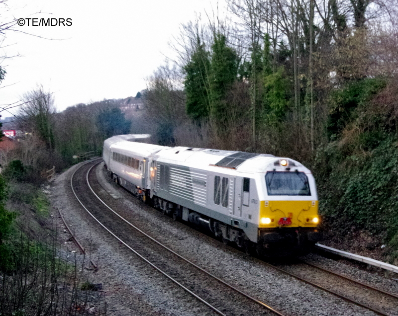 Last up Wrexham train approaching High Wycombe (photo by Tim Edmonds)
